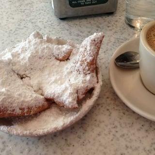 New-Orleans-Cafe.jpg